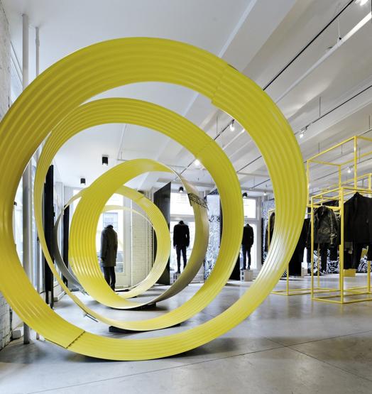 India Art n Design features 'Close Up' at Philippe Dubuc's by Sébastien Breton