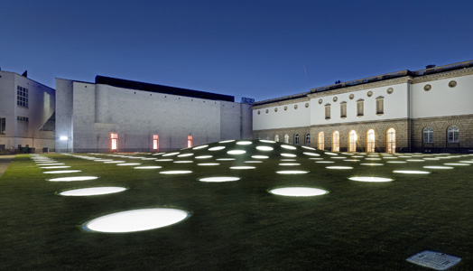 India Art n Design features Städel Museum in Frankfurt by Zumtobel, architects schneider+schumacher and lighting designers from LichtKunstLicht.