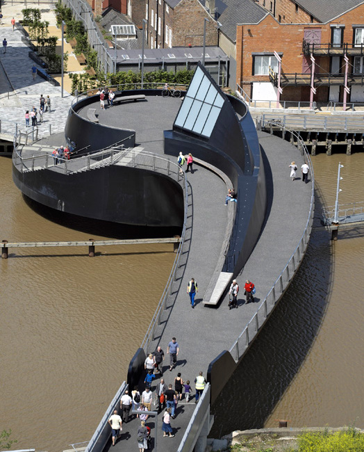 Scale Lane Bridge, Hull,Yorkshire by UK architects McDowell+Benedetti