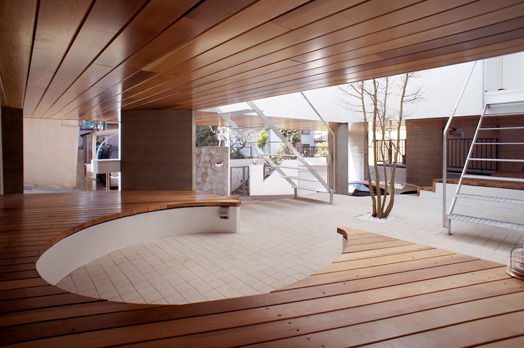 Beyond the hills by Ar. Kazuhiko Kishimoto designs a home-cum-office-cum-gallery