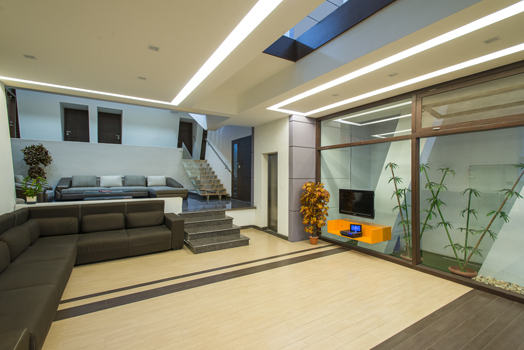 Residence in Bangalore by InForm Architects