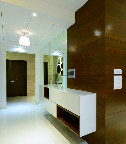 India Art n Design features Hyderabad residence by HP Lakhani Associates
