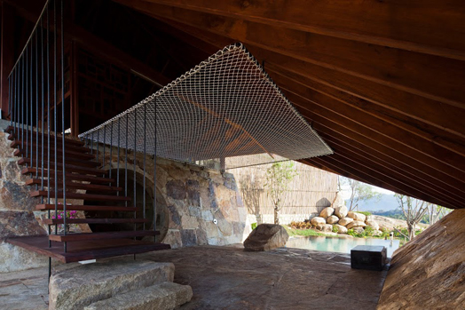 Vietnam's Natural Mid-Air Spa Tent by a21studio