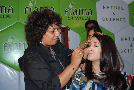 Ambika Pillai with Raima Sen
