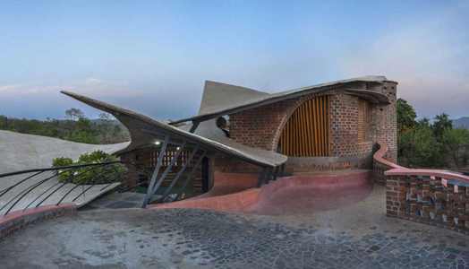 India Art n Design features Brick House by iStudio Architecture