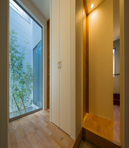 India Art n Design features residential design by Ar. Masahiko Sato