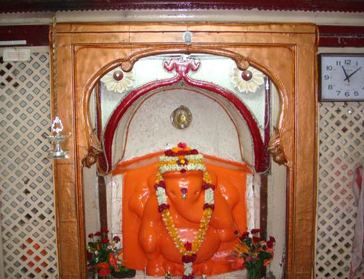 Parvati Nandan Ganapati Temple in Ganeshkhind, Pune…