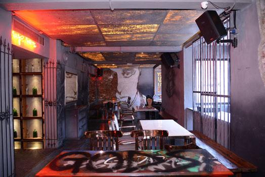 graffiti table tops - Gangstas Mumbai
