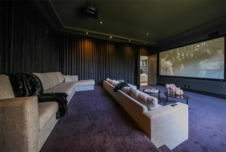"""home theatre room Maxime Jacquet indiaartndesign"""