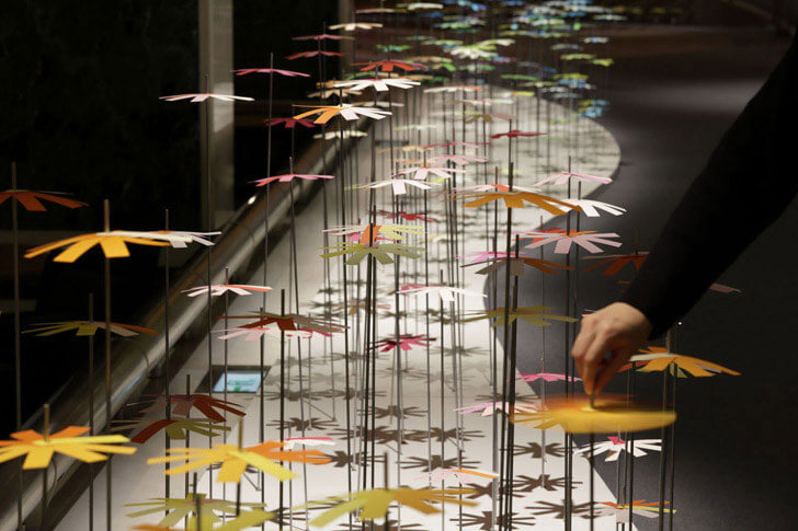 """interactive installation ColourMixing emmanuelle moureaux indiaartndesign"""