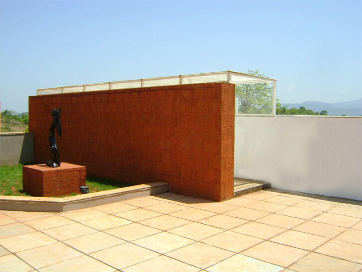 laterite wall at entrance