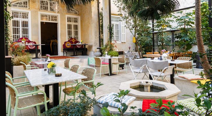 renovated garden restaurant Villa Badaro