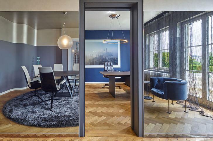 """meeting room House Benz Ippolito Fleitz Group indiaartndesign"""
