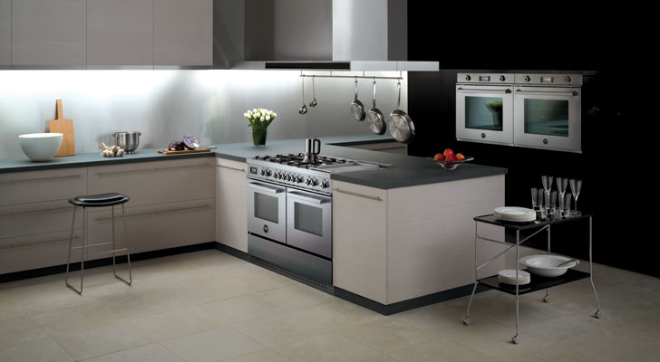 New Bertazzoni 120 cm super-wide Twin Oven Cooker Range