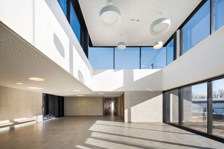 spacious interiors at Trivaux-Garenne campus
