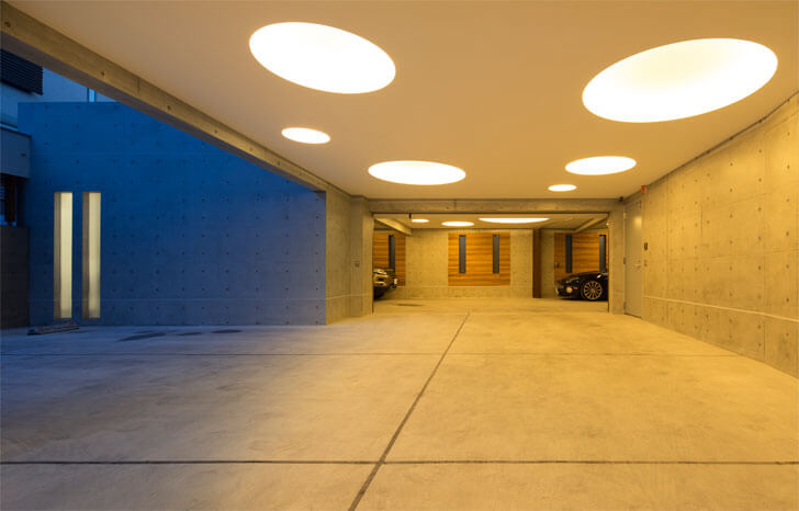parking with multi-dia lights