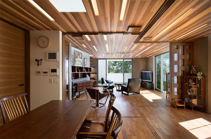 l-shaped balcony
