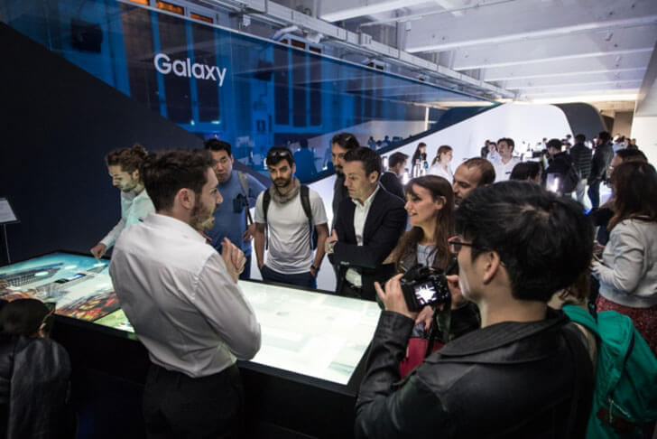 """Guests learn about Samsung Galaxy S8 unconfined zha samsung indiaartndesign"""