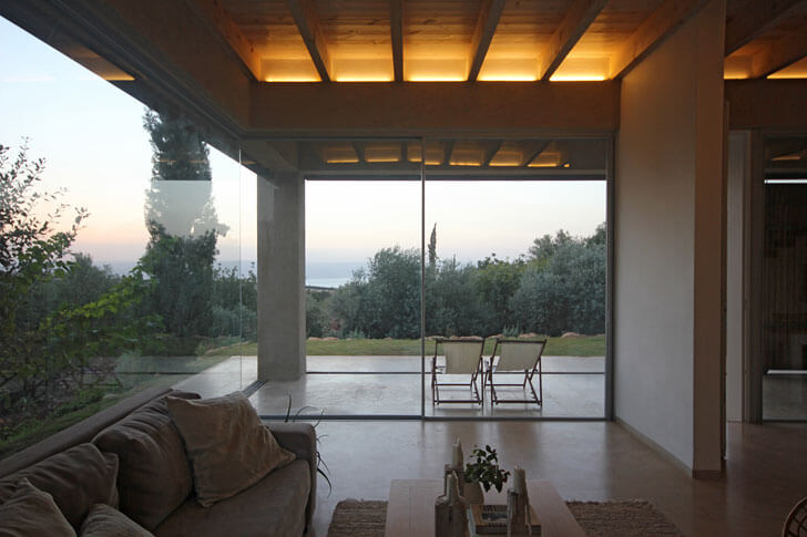 """chairoscuro home in galilee Golany Architects indiaartndesign"""