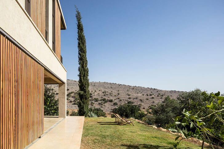"""scenic surrounds home in galilee Golany Architects indiaartndesign"""