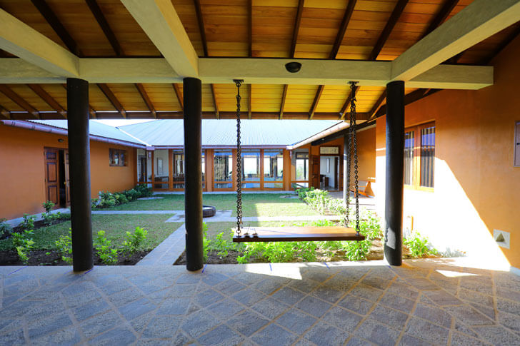 """central courtyard anjalendran indiaartndesign"""