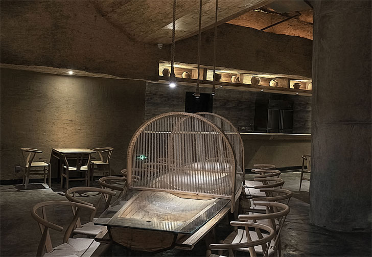 """boat shaped table pu zao restaurant Yiduan Shanghai Interior Design indiaartndesign"""