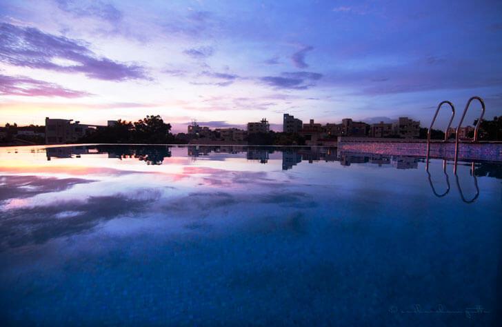 """""""infinity pool ar niroop reddy courtyard house indiaartndesign"""""""