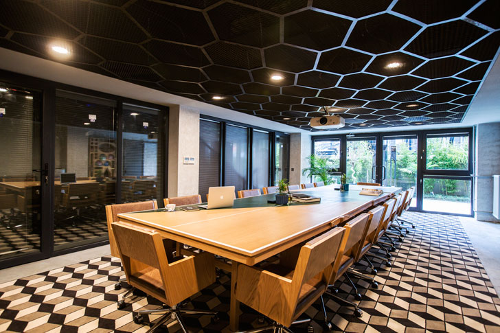 """conference room kolektif house kontra indiaartndesign"""
