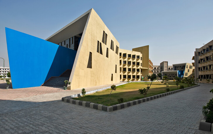 """building entrance the street sanjay puri architects indiaartndesign"""
