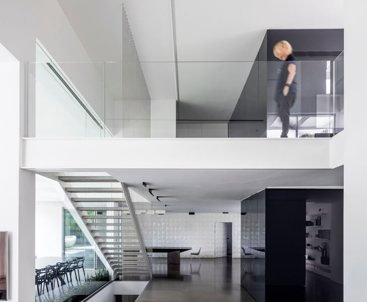 """two levels black core house axelrod architects indiaartndesign"""