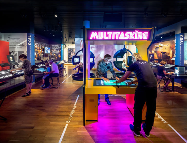 """multitasking museum of communication kossman dejong indiaartndesign"""