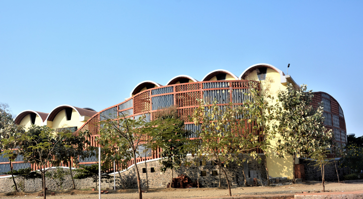 """exterior wall Tungal school building BSB architects indiaartndesign"""