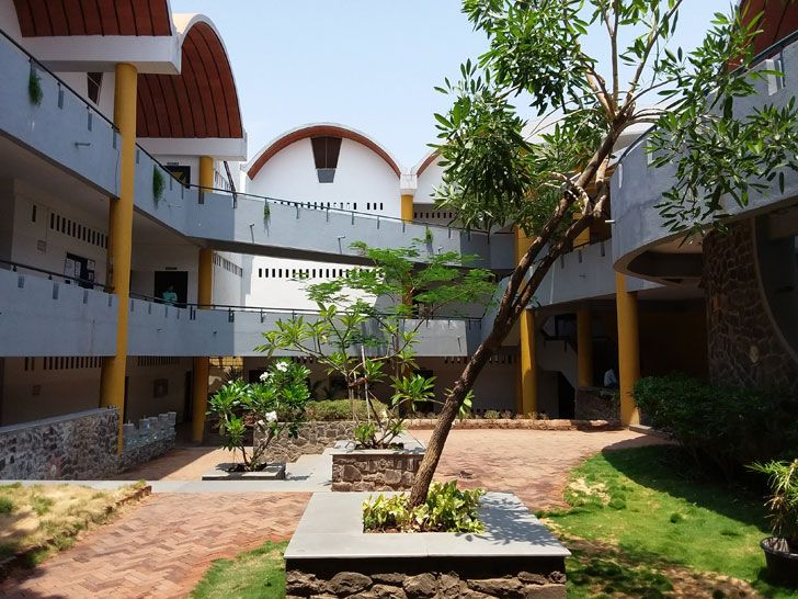 """internal courtyard Tungal school building BSB architects indiaartndesign"""