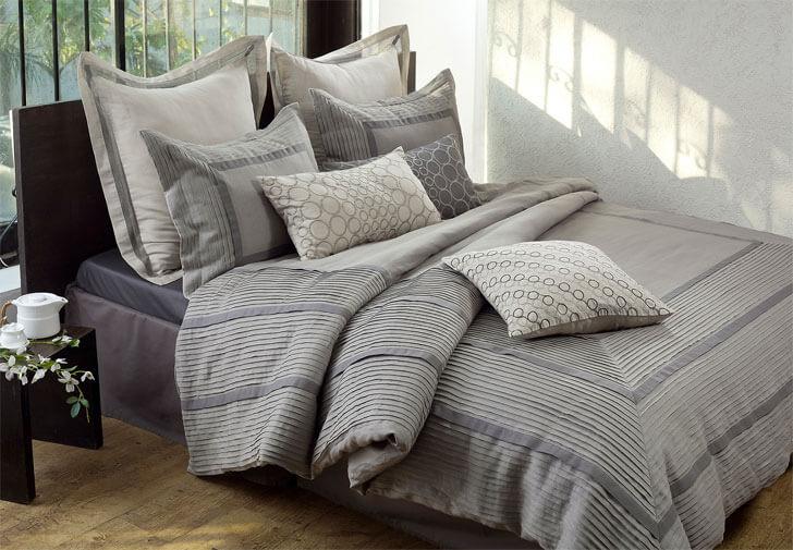 """texture to bed linen Anna Simona indiaartndesign"""