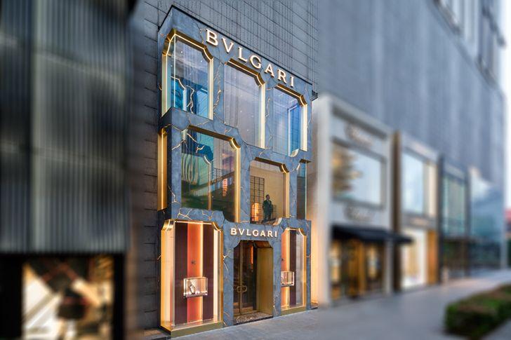 """""""neighbouring stores store front bulgari MVRDV indiaartndesign"""""""