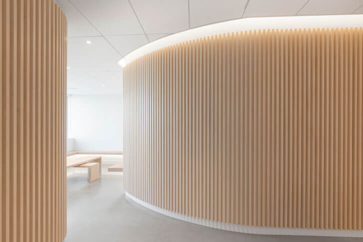 """""curved profile wood slats Go Orthodontistes Brossard Clinic Natasha Thorpe indiaartndesign"""