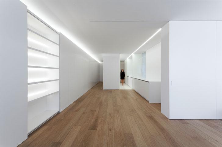 """corridor Fran Silvestre residence indiaartndesign"""