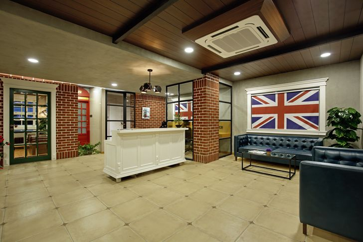 """reception office interior chitte associates indiaartndesign"""