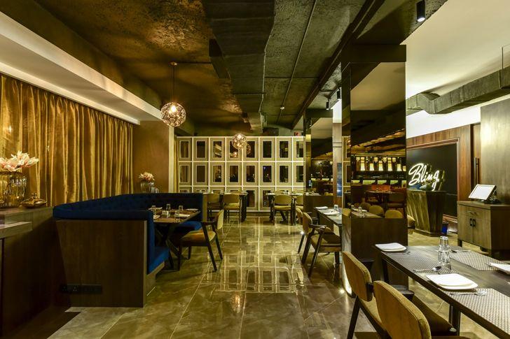"""mirror clad columns bling restaurant kinteriors indiaartndesign"""