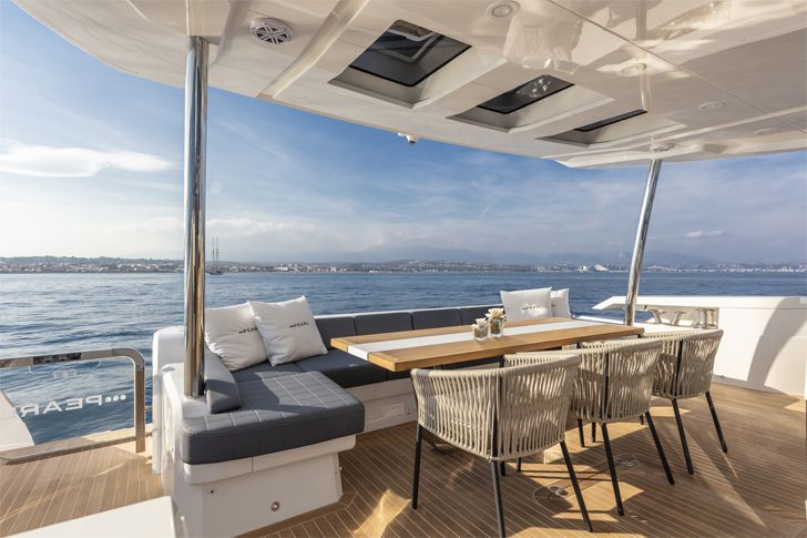 """sundeck pearl 95 yacht interiors kelly hoppen indiaartndesign"""