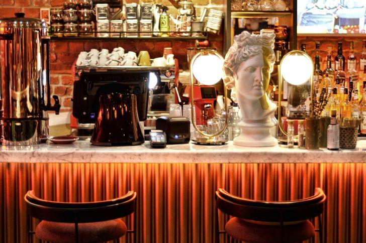"""""""sculpture Robbie Italian cafe Samara ALLARTSDESIGN indiaartndesign"""""""