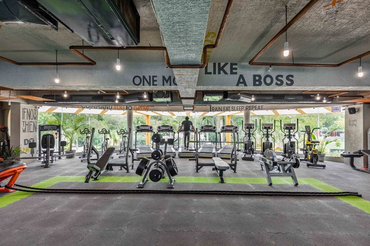 """exposed concrete envelope gym Gandhinagar tHE gRID architects indiaartndesign"""