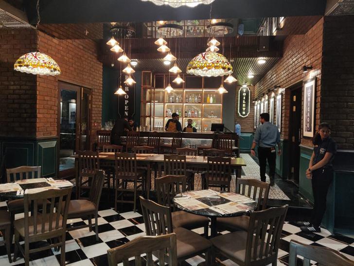 """Tiffany lamps Uno pizzeria Kolkata chromed design studio indiaartndesign"""