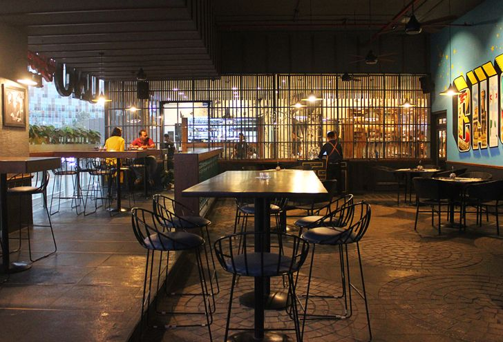 """""""peppy interiors Uno pizzeria Bengaluru chromed design studio indiaartndesign"""""""