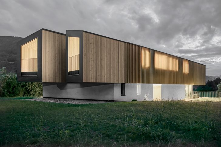 """wooden upper floors Rubner House Stefan Hitthaler Architektur indiaartndesign"""