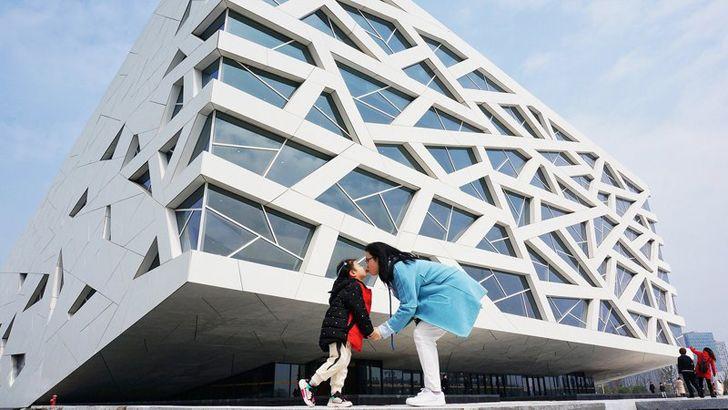 """""""facade hangzhou opera henning larsen indiaartndesign"""""""