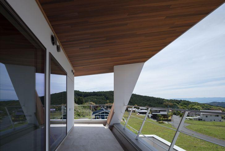 """terrace balcony N12 House Show Architects indiaartndesign"""