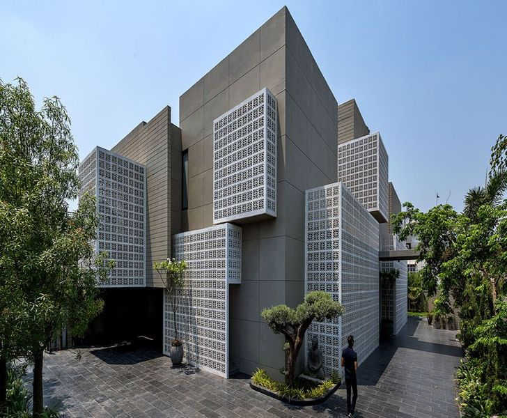 """18 screens Lucknow Sanjay Puri Architects WAF 2019 indiaartndesign"""