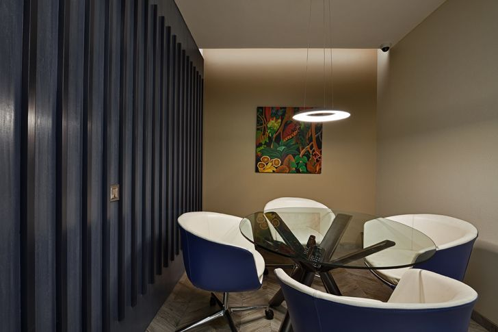 """informal meeting room2 al tamoor office navi mumbai rajesh patel architects indiaartndesign"""