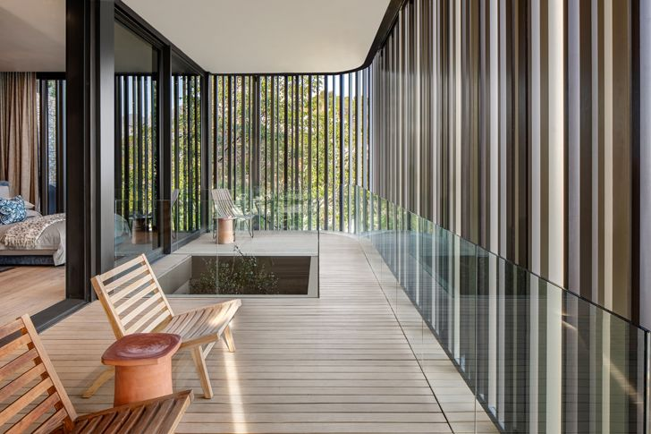"""glass balcony kloof 145 res SAOTA indiaartndesign"""